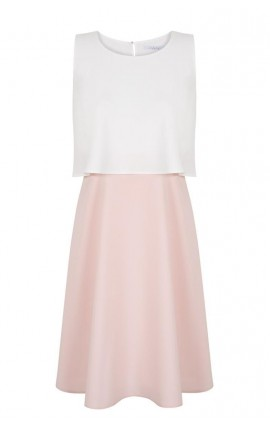 Robe, blanc et rose pâle